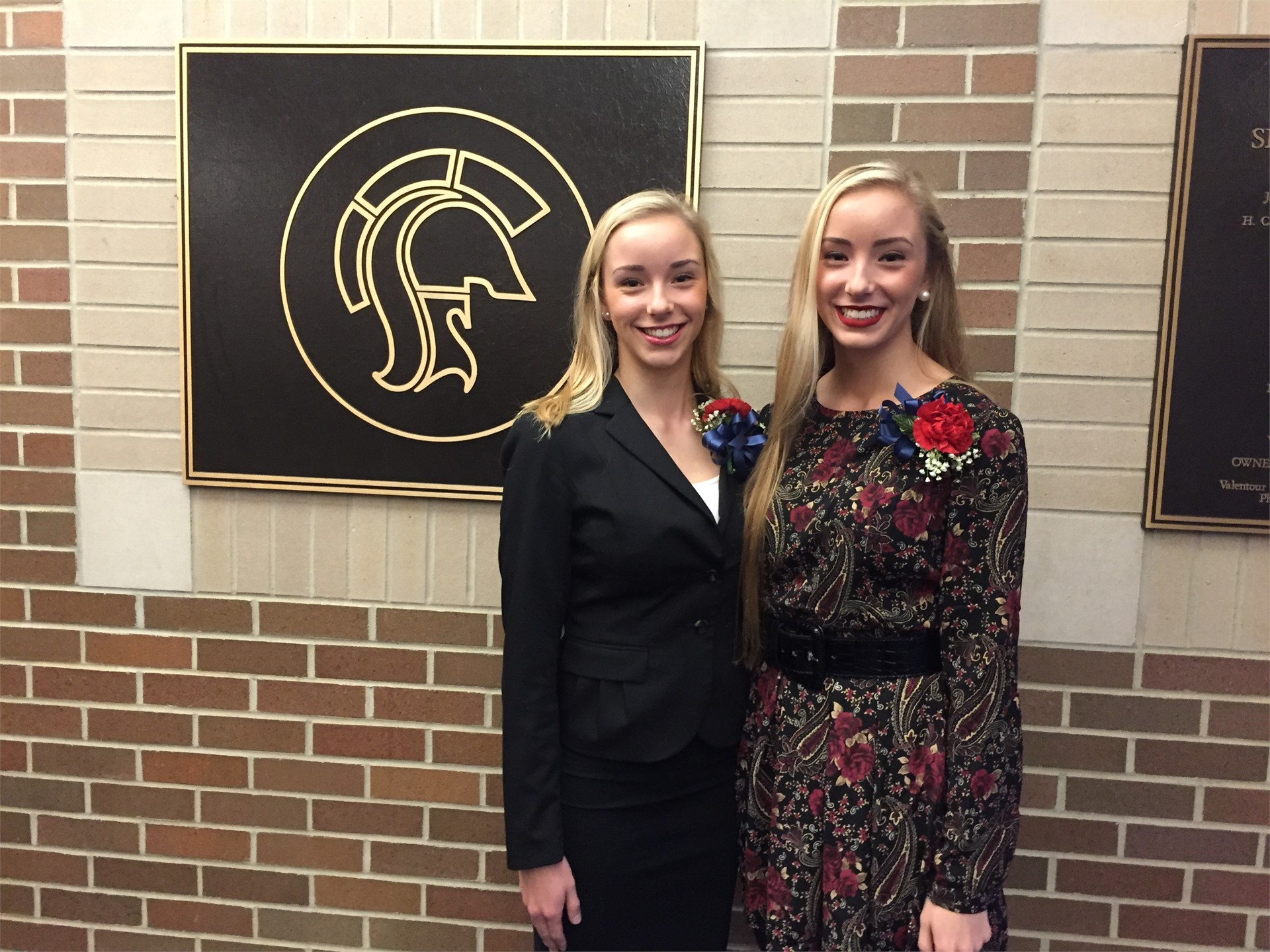 Natalie & Nicole Pilewski recipients of Bill & Sue Suit Scholarship
