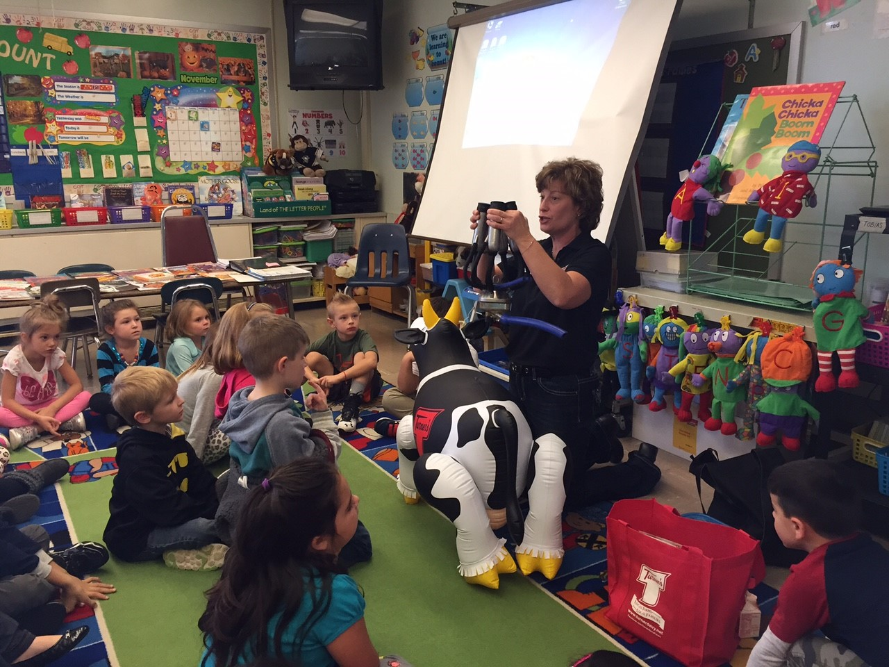 "Turner Dairy ""Cows in the Classroom"" Program"