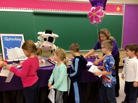Molly the Cow Visits Kindergarten
