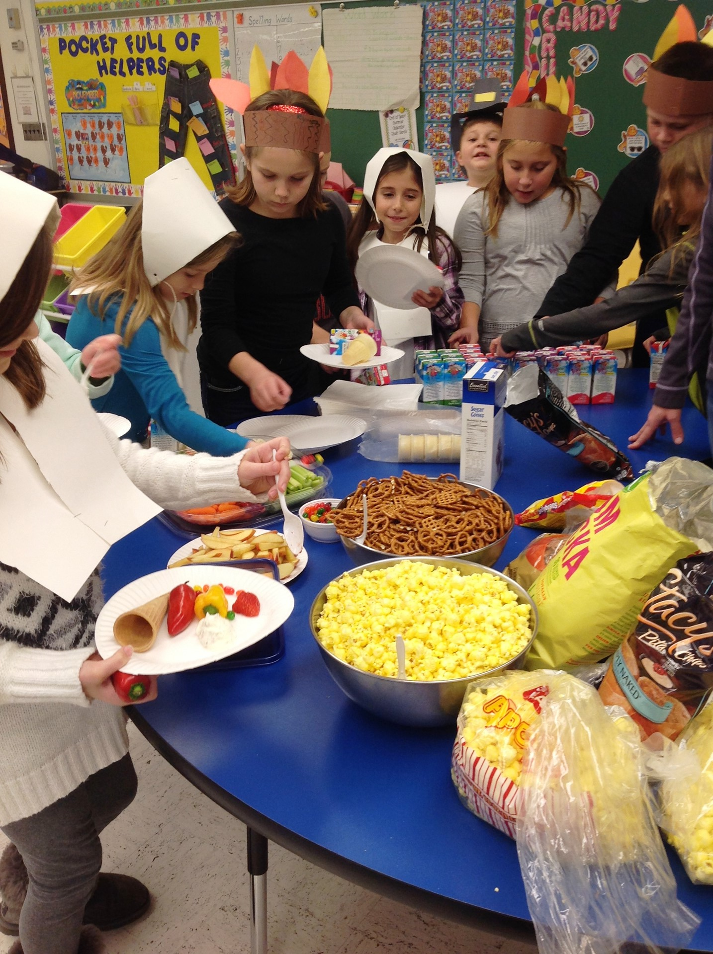 "Ms. Dugan's 3B ""Charlie Brown Thanksgiving"