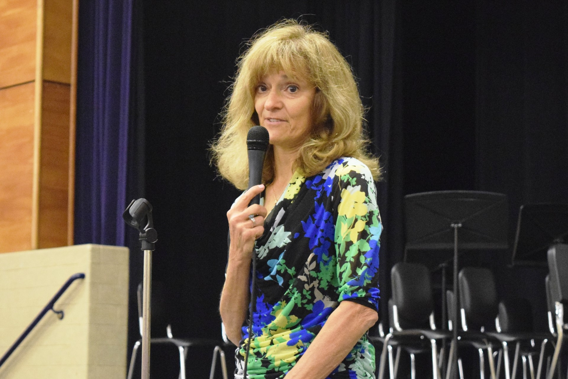Former Rogers teacher Kathy McMonagle speaks during the Rogers Reunion: May 2016