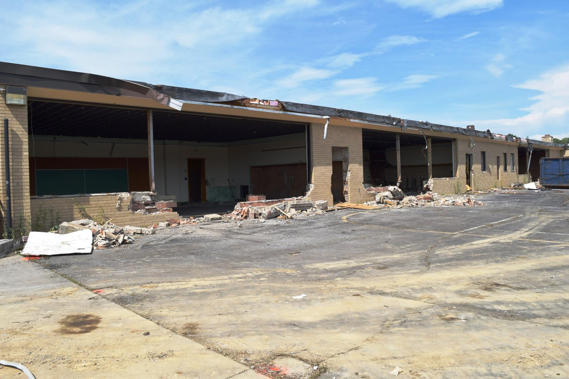 Interior demolition at Rogers Primary School: July 2016