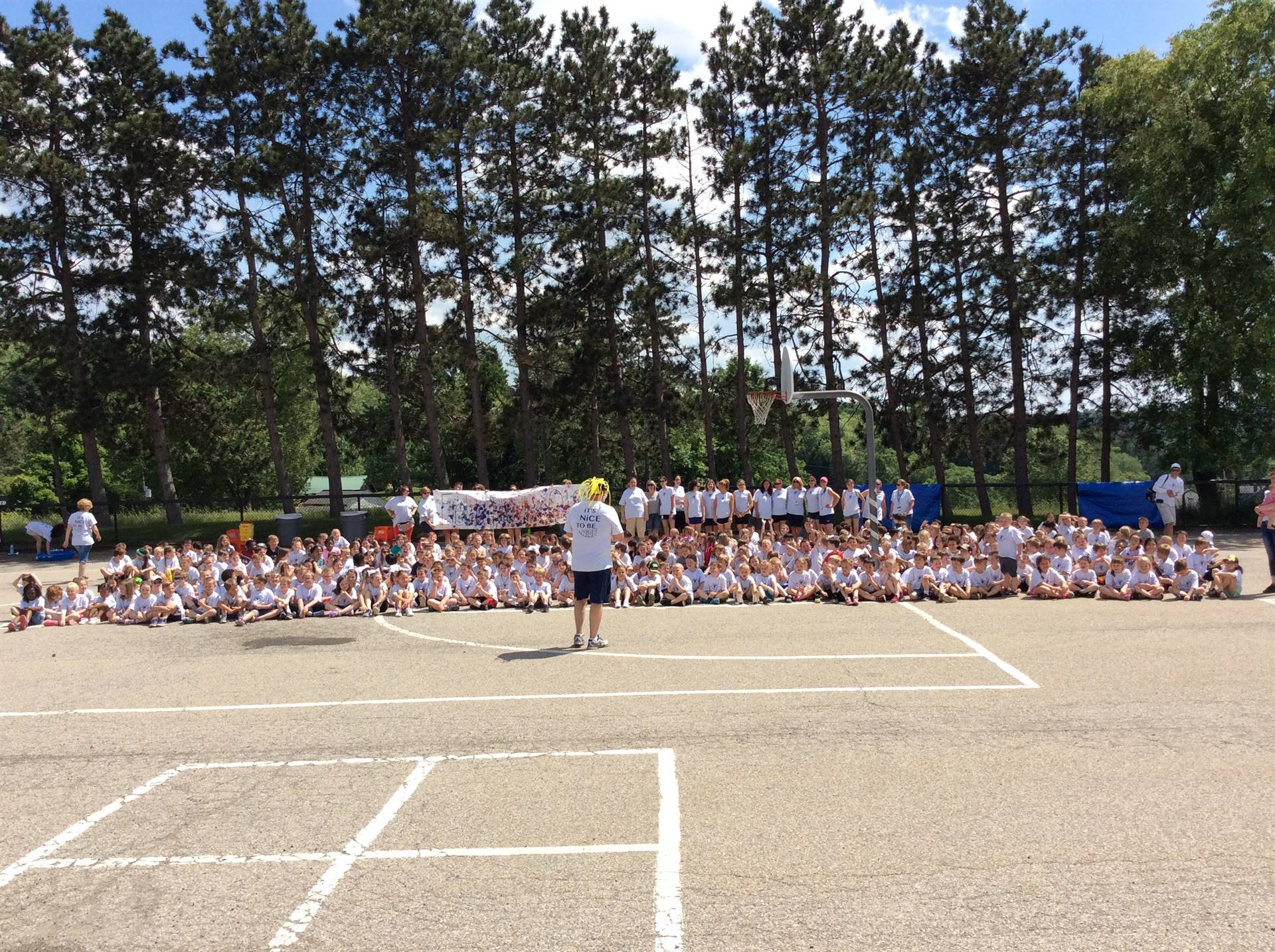 Marzolf Primary on Field Day