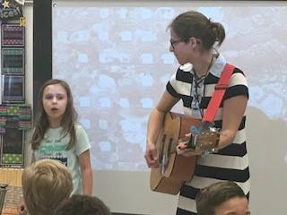 3A-singing-with-Mrs. Randall