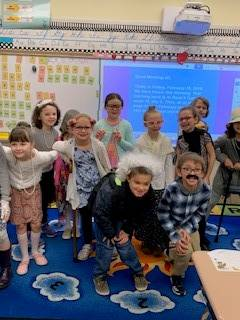 Mrs. Beck's-2D-celebrates-the-101th-day-of-school