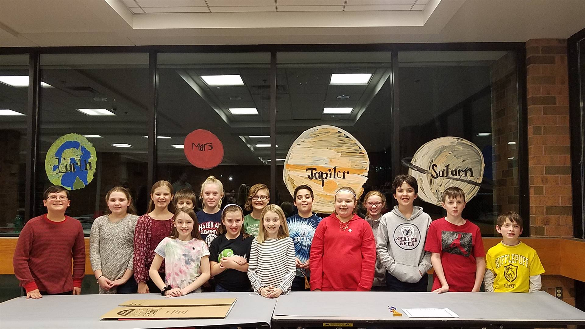 15 students who participated in SAES Science Fair