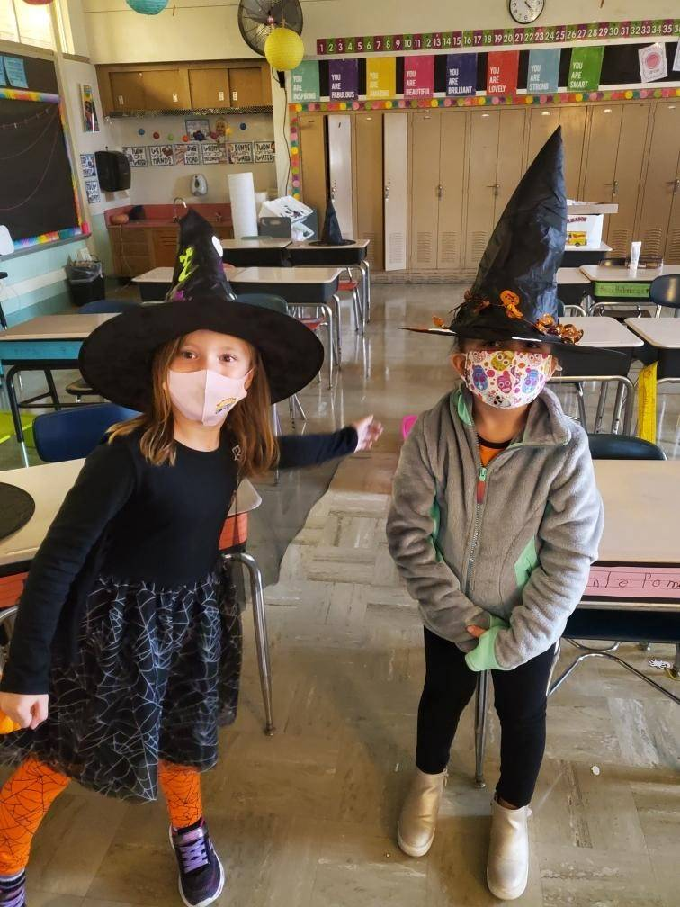 Mrs. Ciavarra's 1E has witches and warlocks