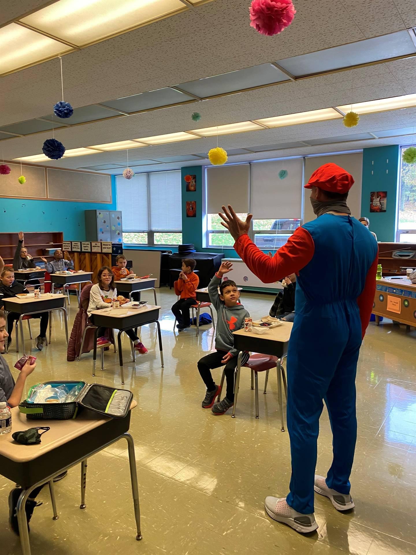 Mario-Rojik is in 3rd grade