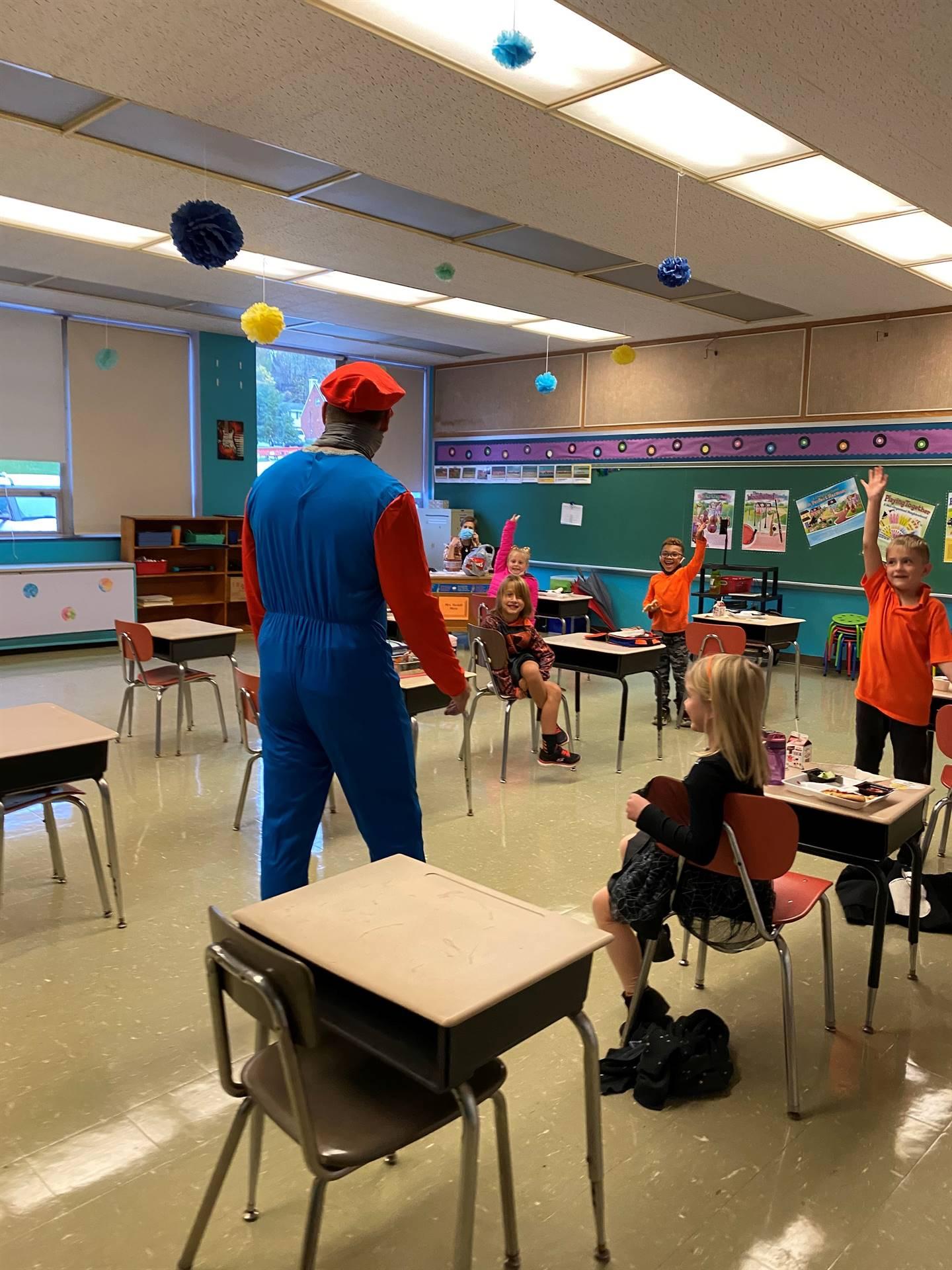 3rd grade welcomes Mario-Rojik