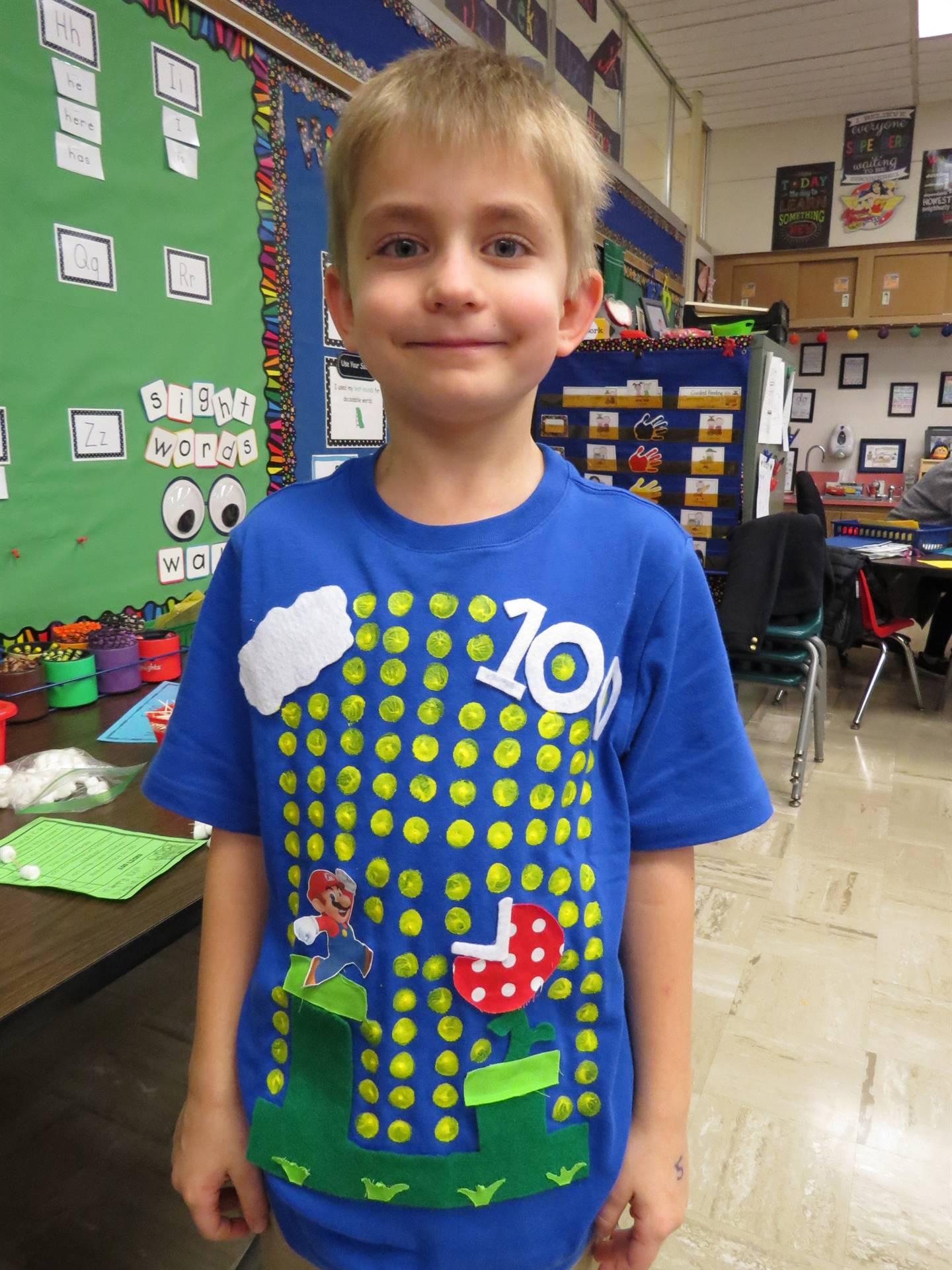 Kindergarten-celebrates-100th-day-of-school