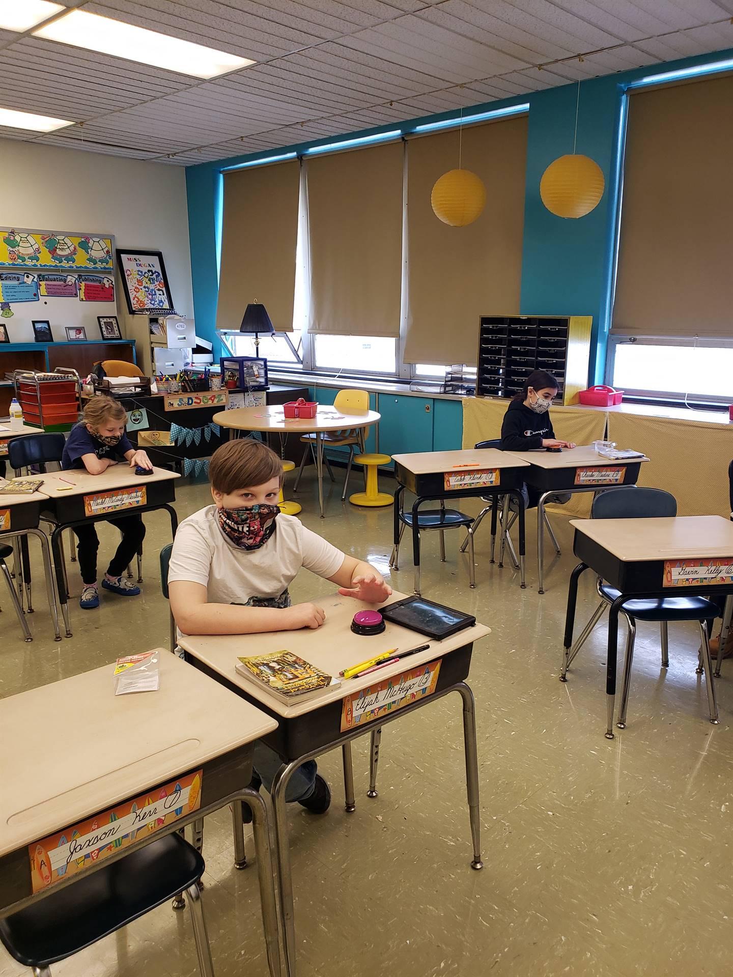 3B does Flashlight Fluency Friday!